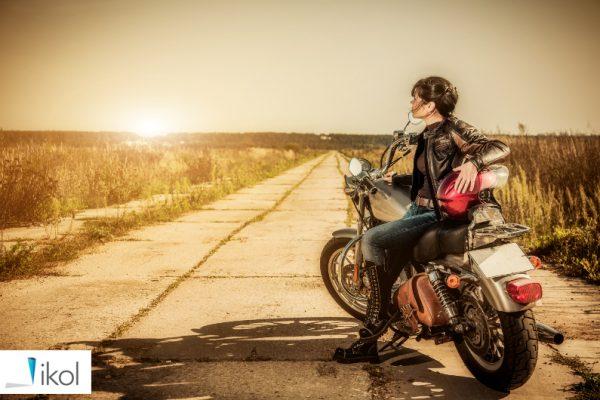 motocykl kobieta lokalizacja gps