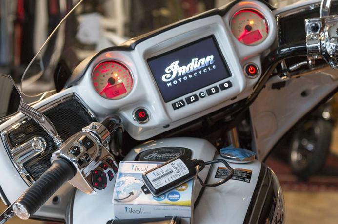 ikol MOTO w motocyklu