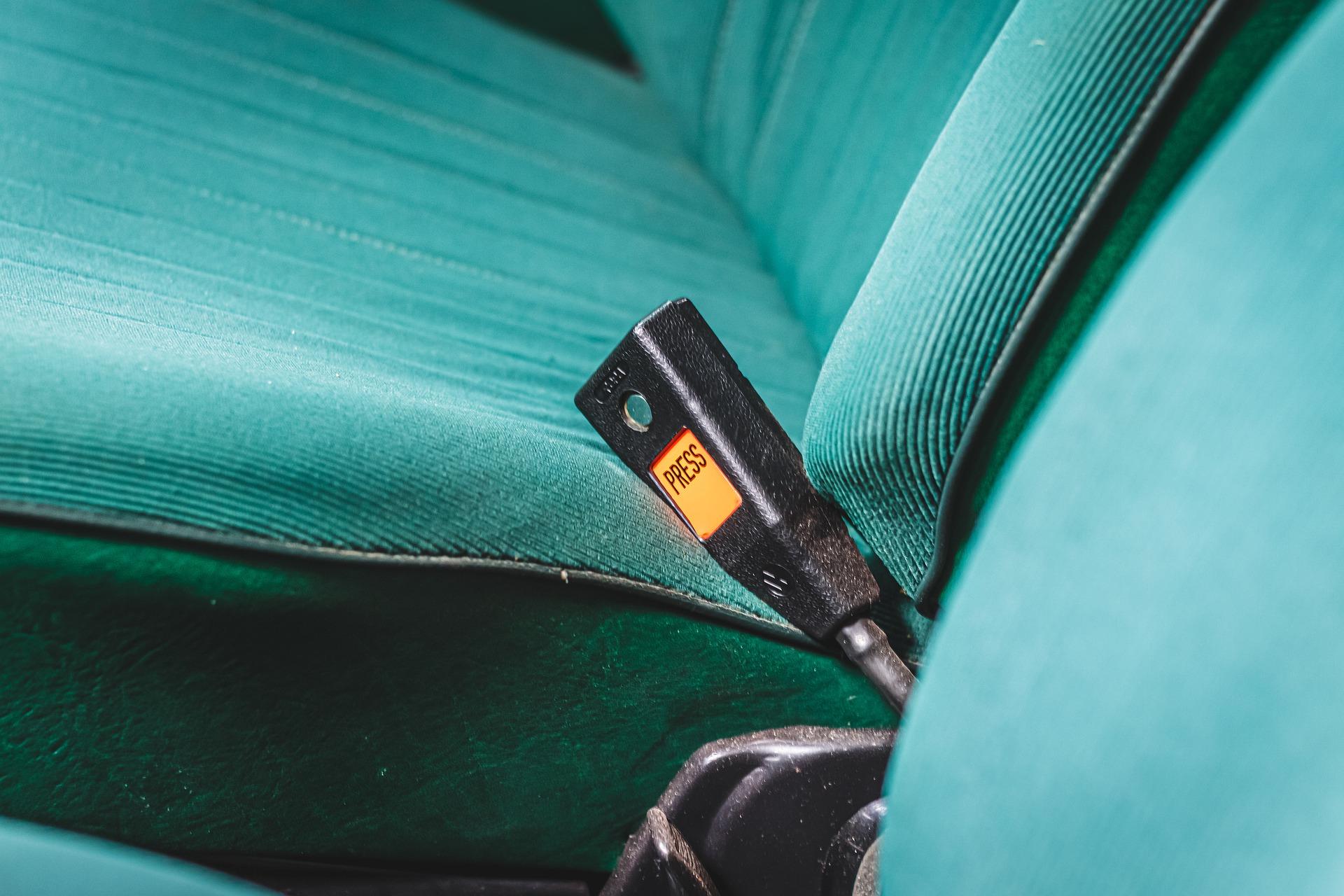 pasażer też zapłaci za niezapięte pasy bezpieczeństwa