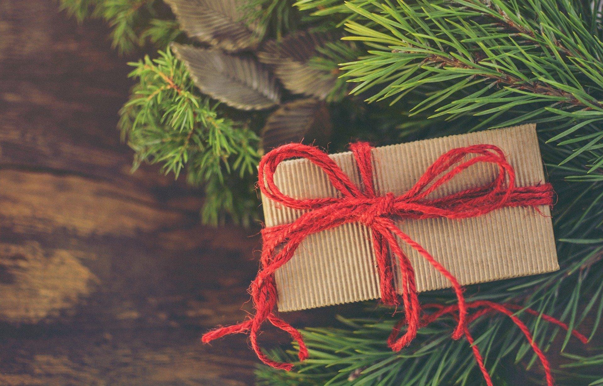 Jakie prezenty kupić pod choinkę
